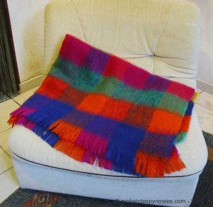 plaid-carreaux-ara-laine-mohair-pyrenees-2
